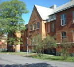 Jag doktorerade här vid matematiska institutionen SU, och har sedan dess jobbat på KTH, SSHL och sedan åter SU.