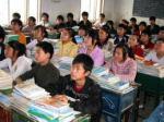 Man kan verkligen fråga sig hur kinesiska skolbarn lyckas utan att dekonstruera den maskulina identiteten - en stor gåta....